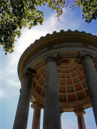 """Monopteros - up the """"Ionic"""" columns - to the polychrome painted stone coffers of the inner dome (which is shielding the direct sun's rays) - located in the Englischer Garten (English Garden) - Munich"""