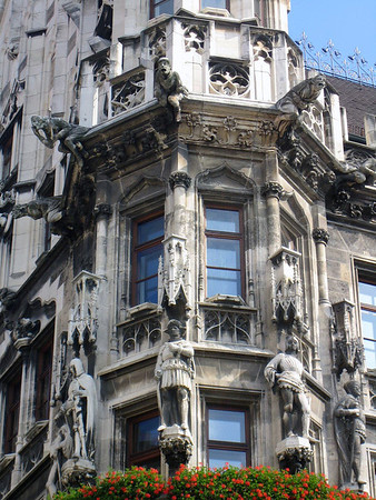 Statues and allegoric figures upon the Neues Rathaus (New Town Hall) - Munich