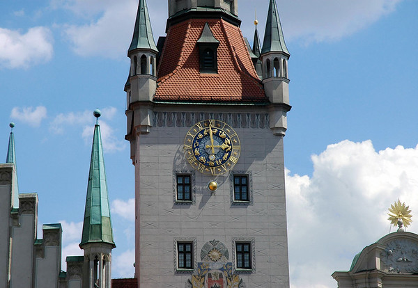 Altes Rathaus Turm (Old Town Hall Tower) - Munich