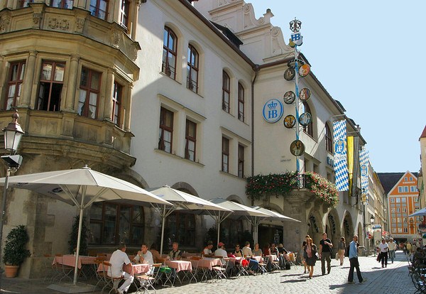 Hofbräuhaus (court brew house) is the royal brewery established in 1589 by Duke Wilhelm V, in order to satisfy his thirsty and demanding household of the Royal Residence - Munich