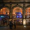 Bar am Kölner Bahnhofsvorplatz