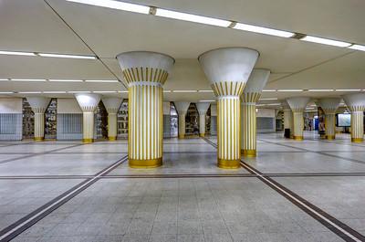 Columns & Lines, Frankfurt U-Bahn (Underground Train Station)