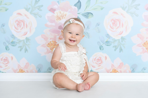7 months photo session