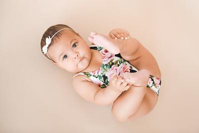 Baby Girl On Seamless