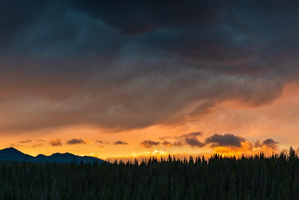 Sunrise in Kluane
