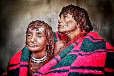 Photo: Christopher Briscoe HCP patients, left - Ari Aska from village Bekegl, I don't know how old I am. 3 children, 2 boys, 1 girl. My oldest son feeds me. I am waiting to have my sight back.  Right- Bono Lingo, Village Bekeza. 2 boys, 1 girl. Farmer.
