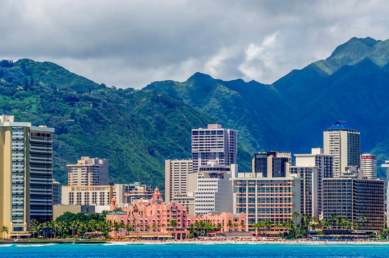 Waikiki & the Volcanic Mountains