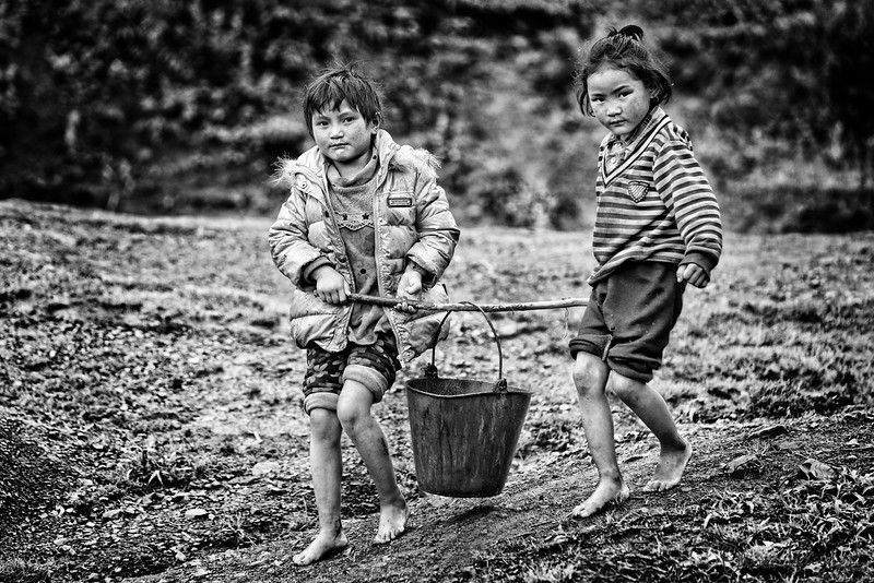 Farmer's Daughters Fetching Water