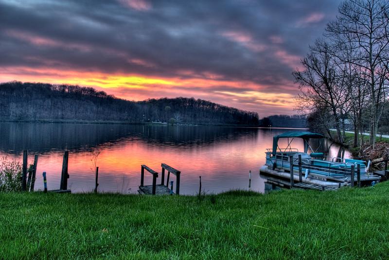 Hocking Hills State Park, Sunrise, Barns, Boats, Lake Logan, Logan, Ohio