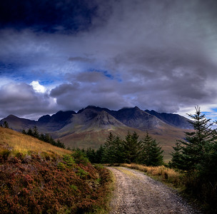 Path to Glen Brittle