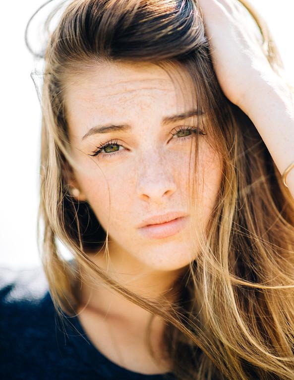 Photoshoot assisted by Haley Ma & Brian De Rivera Simon Model: Taylor Jackson