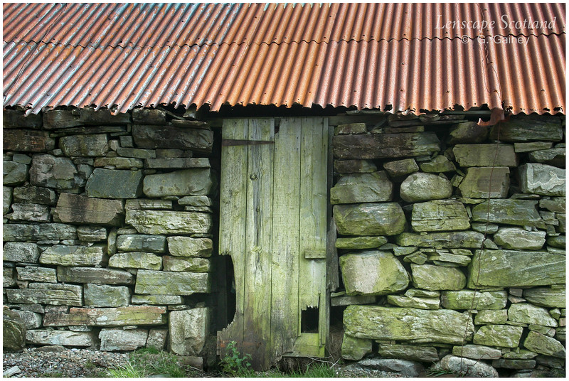 Old byre with corrugated iron roof, Corran