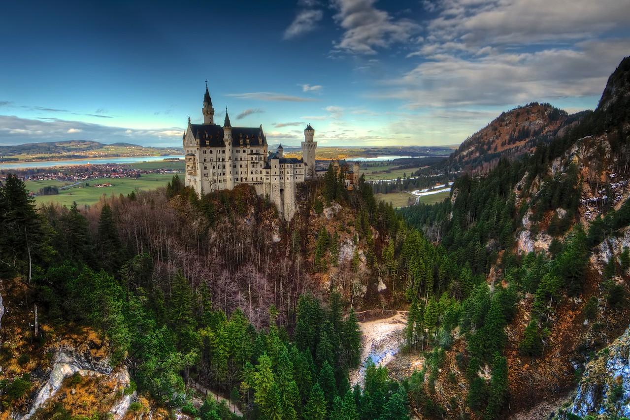 Neuschwanstein on the Rocks