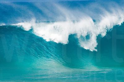 Crashing Ocean Waves 002 | Wall Art Resource
