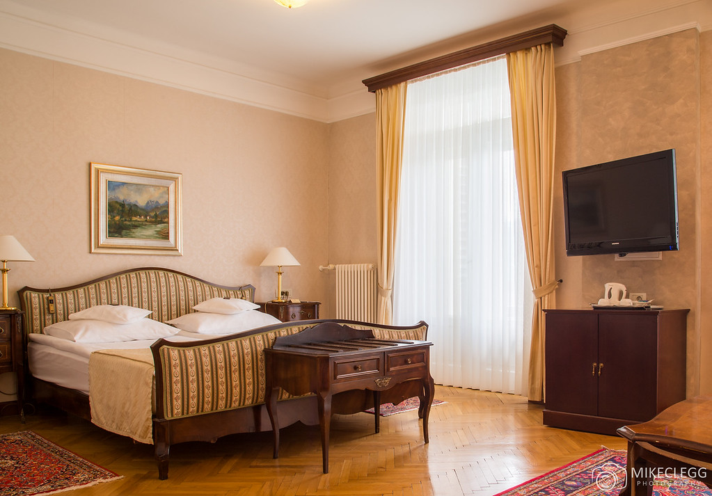 One of the rooms in the Grand Hotel Toplice