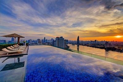 Avani Bangkok Riverside Hotel
