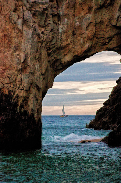 Cabo Arch & Sail