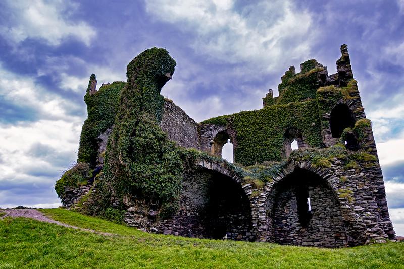 Ballycarbery Castle 1