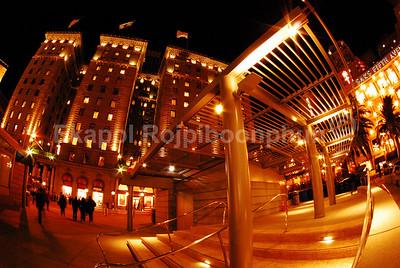 San Francisco X'mas eve 2007  copyright © 2007 Ekapol Rojpiboonphun
