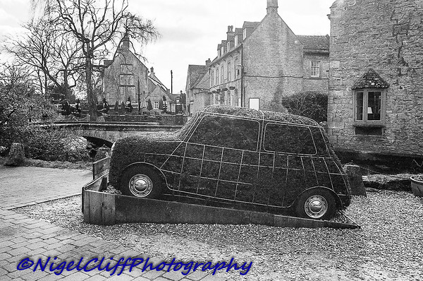Bourton On The Water Canon A1 Tamron 28mm f2 5 KGold 400 09 03 201900002