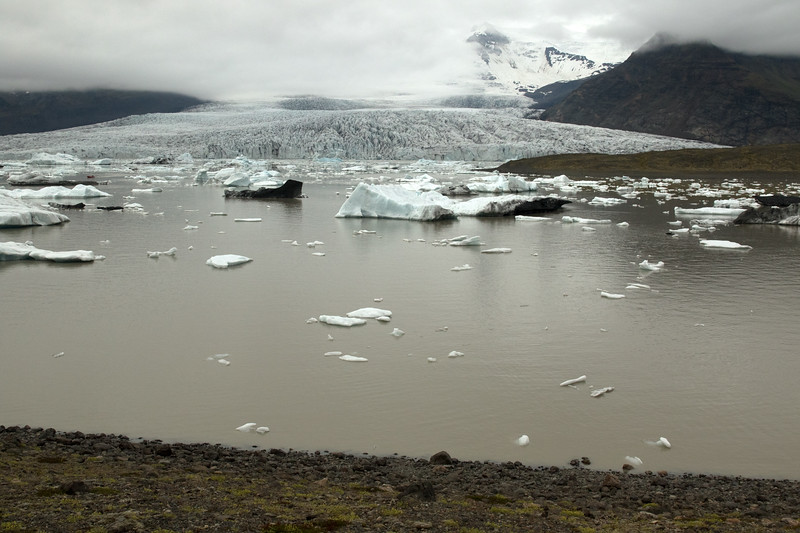 Fjallssárlón (Mountain Lagoon) - a glacial tarn (lake), formed and sourced by the Fjallsjökull (Mountain Glacier), an outlet glacier streaming and calving between the Ærfjall and Breiðamerkurfjall (mountains).