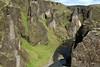 Fjaðrárgljúfur (Feather River Gorge).