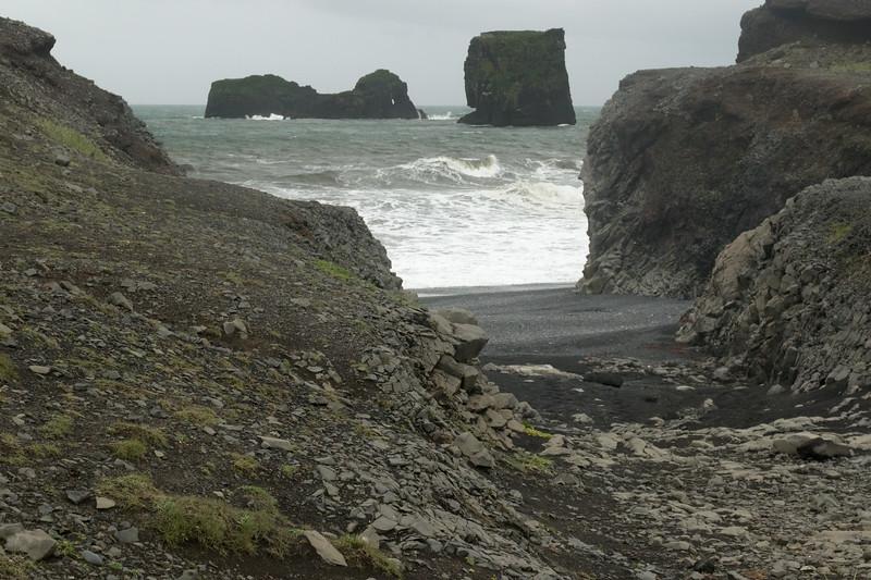 Kirkufjara (beach) - out to the waves breaking upon the Lundadrangur, adjacent the Háldrangur.
