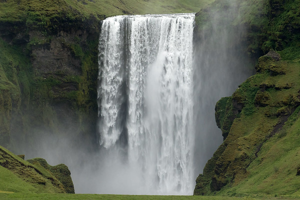 Skógafoss - sourced by the Skógá River which flows southward from between the Eyjafjallajökull and Mýrdalsjökull (ice caps) - Southern region of Iceland.