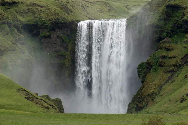 Skógafoss - descending about 200 ft. (60 m), with a crest width of around 80 ft. (24 m).