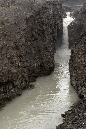 Up the Far (river), sourced by glacial water from the Estri-Hagfellsjökull (an outlet glacier), along the southern end of the Langjökull (ice cap), the 2nd largest in Iceland - Central Highlands - Southern region of Iceland.