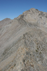 The South ridge climbs to the summit of Brocky Peak.