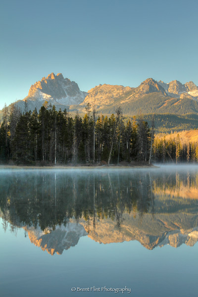 DF.3385 - Sawtooth Mountains reflected in Little Redfish Lake at dawn, Sawtooth National Recreation Area, ID.