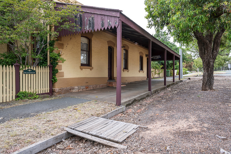 The Old Rushworth Hotel