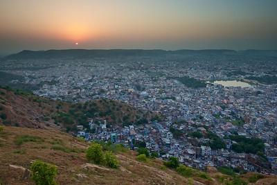 India  1085