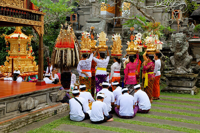 Traditional Balinese Hindu Procession, Ubud, Bali (1)