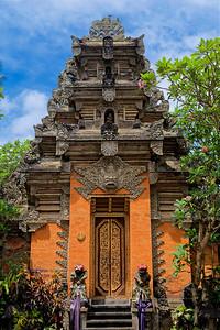 Entrance to Ubud Palace, Bali