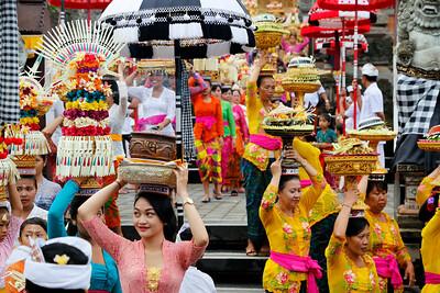Traditional Balinese Hindu Procession, Ubud, Bali (8)