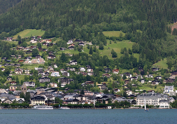 Across Zeller See - to Zell am See - from Thumersbach