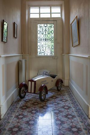 """""""Cerisaie"""". Hallway and door to the rear garden."""
