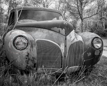 Rusty Old Car 01
