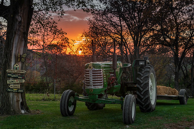 Fall Festival Sunrise (Oliver Tractor) 2 (1 of 1)-2