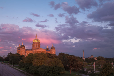 Sunset At The Iowa State Capitol