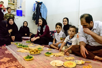 Family meal on friday night, Kashan region