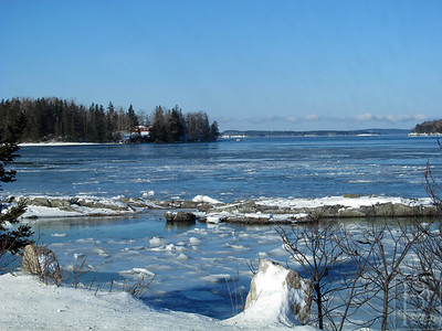 ia_p6_winter_mill_pond_121913