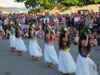 IA-Island-July-4-Dancers2-070716-MR