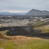 Krafla lava field: De 1975 à 1984, une nouvelle série d'éruptions et de tremblements de terre (Kröflueldar) s'est concentrée dans la caldeira et en particulier à Leirhnjúkur. La coulée de Leirhnjúkshraun est encore chaude et continue à dégazer ainsi que la zone de solfatares, de mares de boue et de fumerolles.
