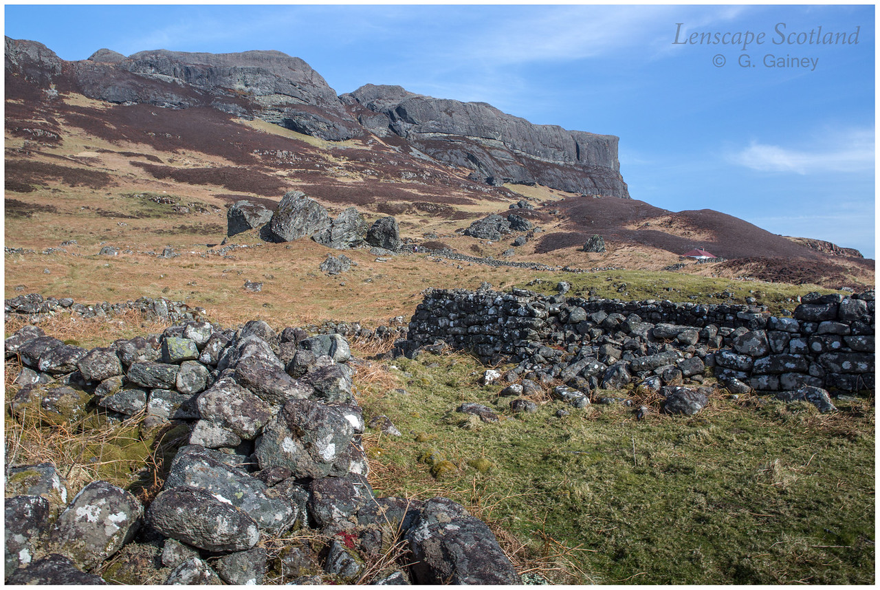 Ruins of former crofting settlement at Grulin