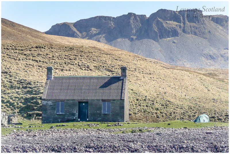 Guirdil bothy and Glen Guirdil 2