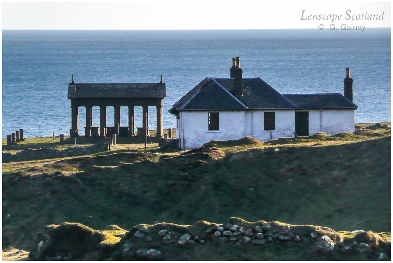 Harris - mausoleum and lodge