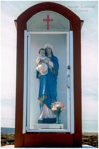 Roadside shrine, Lochcarnan (1996)